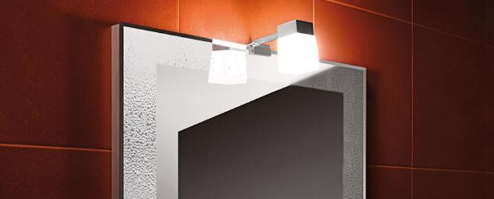 Zrkadlá a osvetlenie v kúpeľni